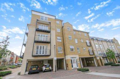 1 Bedroom Flat for sale in Edgeware House, 22 Renwick Drive, Bromley