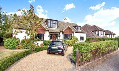 5 Bedrooms Detached House for sale in Irene Road, Orpington
