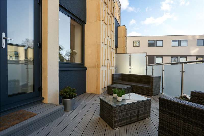 2 Bedrooms Flat for sale in The Podium, Montpellier Terrace, Cheltenham, Gloucestershire, GL50