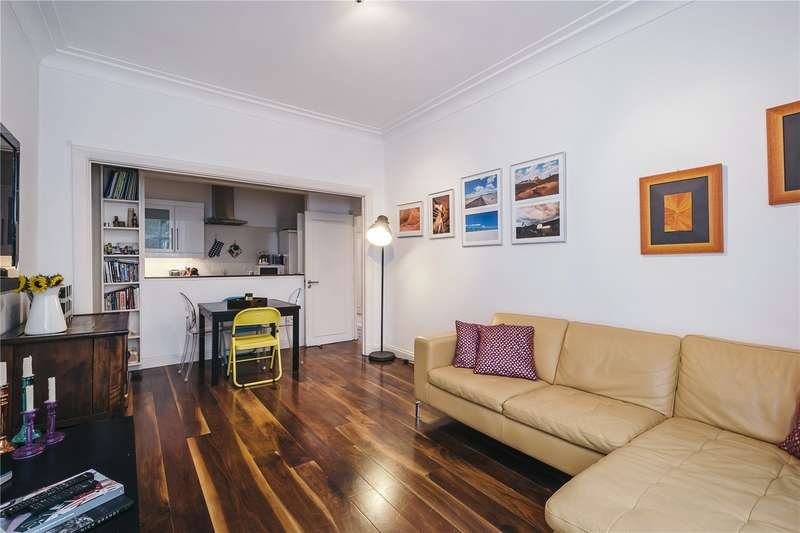 2 Bedrooms Flat for sale in Sussex Gardens, Hyde Park Estate, London, W2