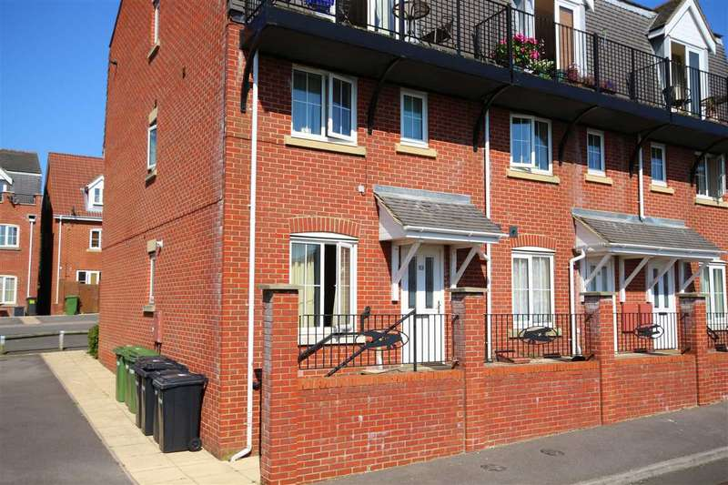 1 Bedroom Flat for sale in Avro Court, Hamble, Southampton