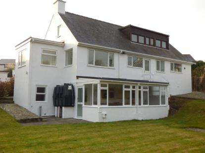 5 Bedrooms Detached House for sale in Cae Pin, Abersoch, Gwynedd, LL53