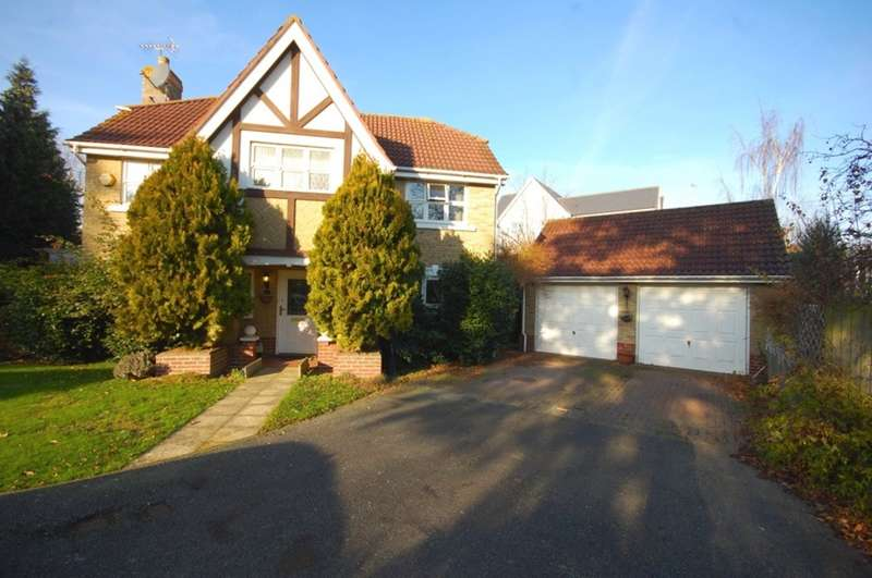 4 Bedrooms Detached House for sale in Apple Way, Great Baddow, Chelmsford, CM2