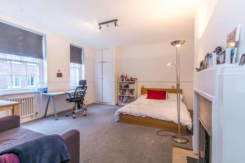 Studio Flat for sale in Devonshire Street, Marylebone, W1W