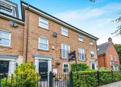 5 Bedrooms Terraced House for sale in Bridgeside, Carnforth, Lancashire, Carnforth, LA5