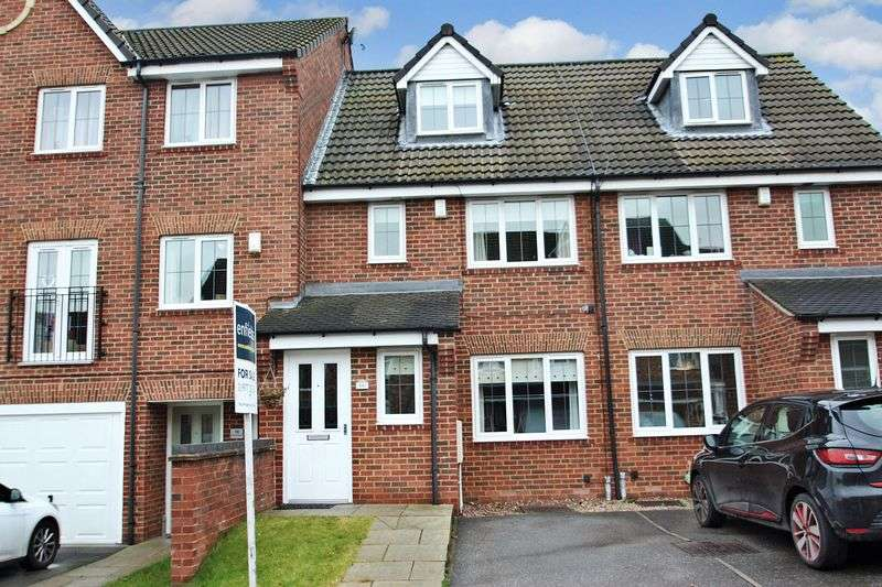 3 Bedrooms House for sale in Deans Court, Pontefract