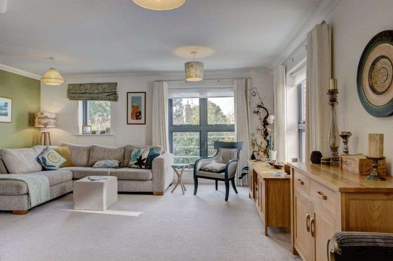 5 Bedrooms House for sale in Norwich