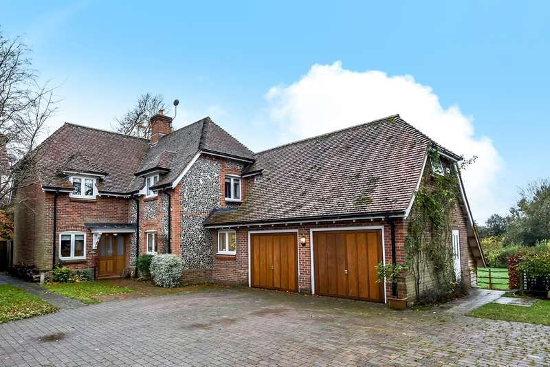 5 Bedrooms Detached House for sale in Upham, Southampton, SO32