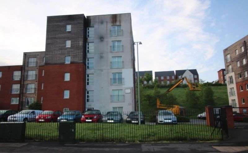 2 Bedrooms Property for sale in Federation Road, Stoke