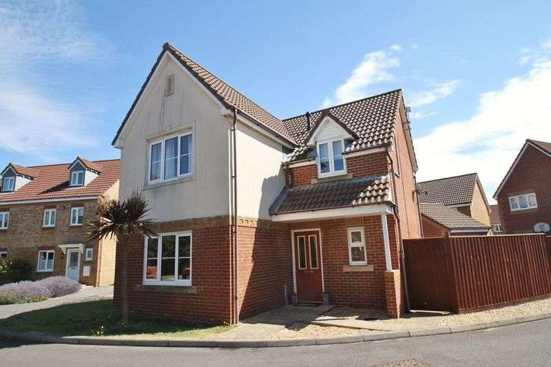 4 Bedrooms Detached House for sale in Admiral Way, Cowes, Isle of Wight, PO31 7FL