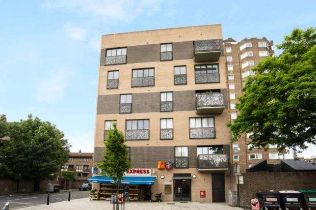 2 Bedrooms Apartment Flat for sale in Hitchcock House, 194 Pitfield Street, London, N1