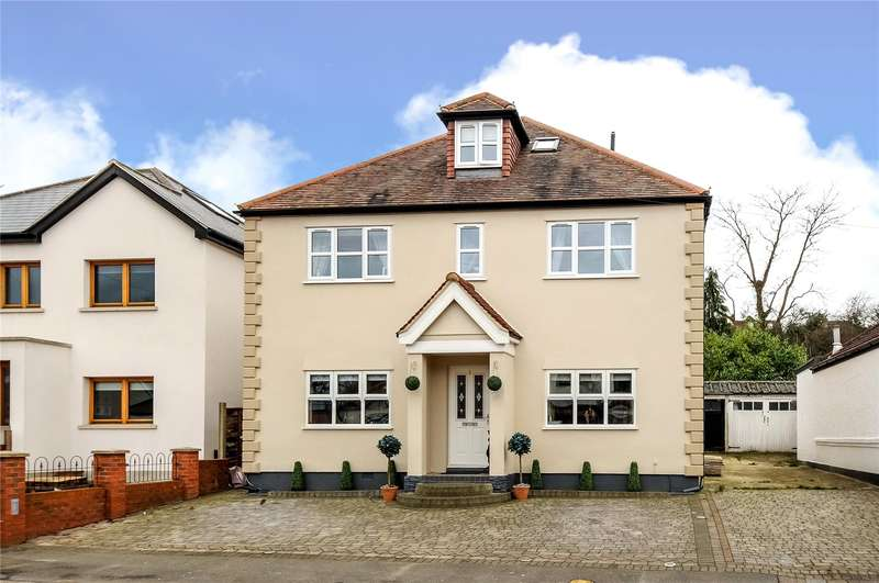 4 Bedrooms House for sale in The Crescent, Loughton, Essex, IG10