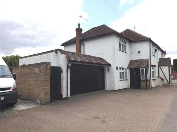 2 Bedrooms Semi Detached House for sale in London Road, Stanford Rivers, Ongar, Essex, CM5