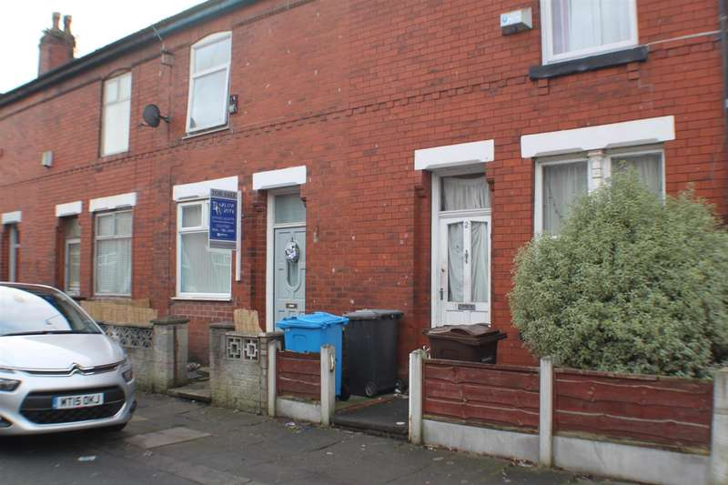 2 Bedrooms Property for sale in Woodfield Grove, Eccles