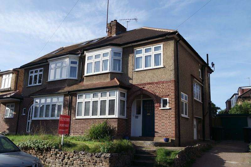 3 Bedrooms Semi Detached House for sale in Warwick Road, New Barnet