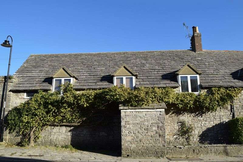 3 Bedrooms Semi Detached House for sale in Corfe Castle