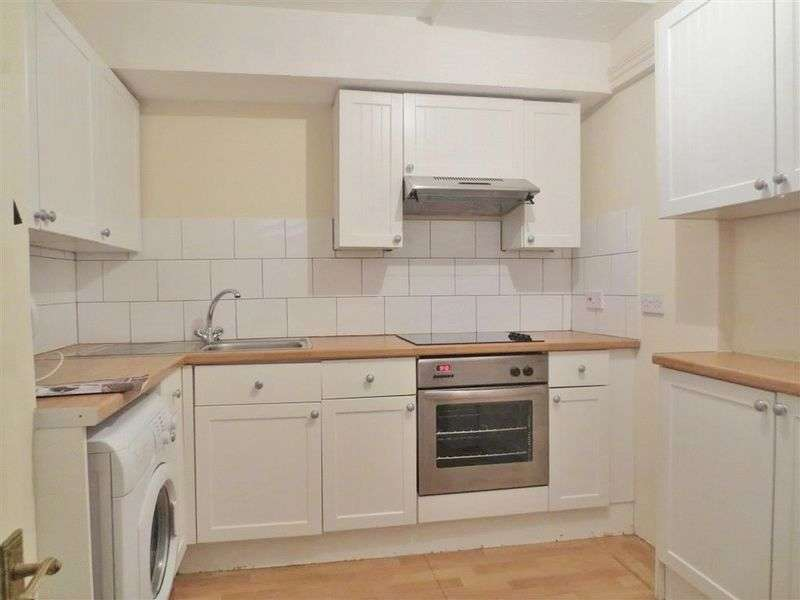 4 Bedrooms Terraced House for rent in Coombe Terrace, Brighton