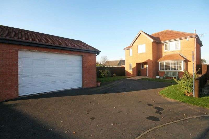 4 Bedrooms Detached House for sale in Hazel Close, Knott End