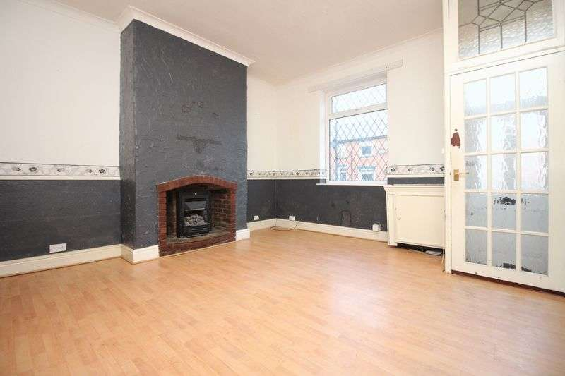 2 Bedrooms Terraced House for sale in Robertson Street, Radcliffe, Manchester M26