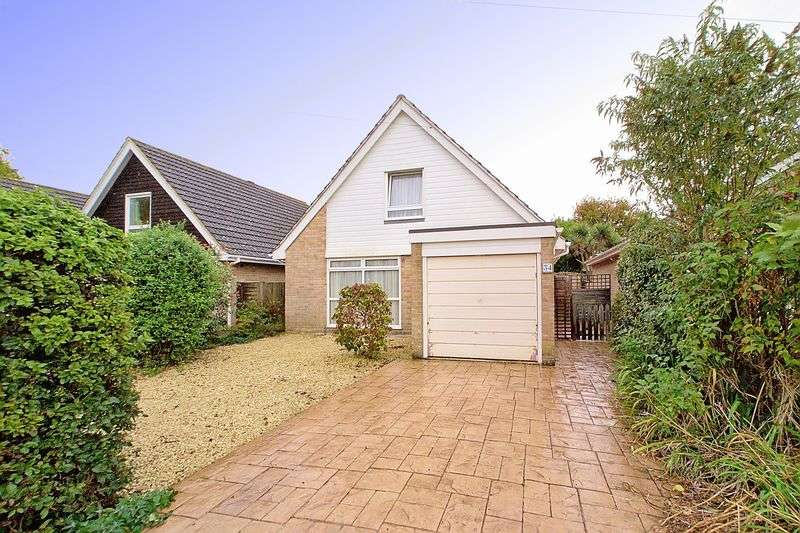 3 Bedrooms Detached Bungalow for sale in Orchard Way, Barnham, PO22