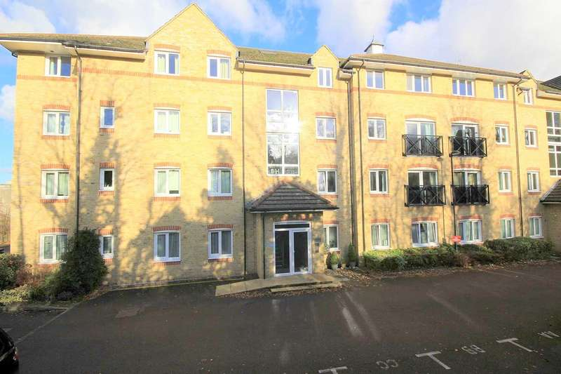 2 Bedrooms Apartment Flat for sale in 2 BED GROUND FLOOR Malin Court, Hardings Close, Boxmoor