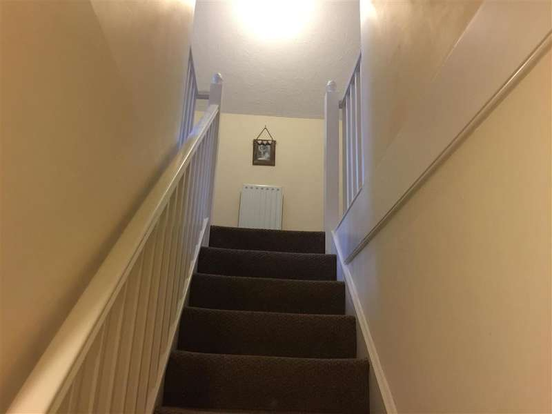 2 Bedrooms Apartment Flat for sale in Cornwall Road, Portsmouth, Hampshire