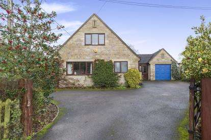 4 Bedrooms Bungalow for sale in Littleworth, Winchcombe, Cheltenham, Gloucestershire
