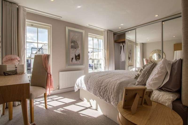 3 Bedrooms Town House for sale in Regency Place, Cheltenham, GL52 2RN