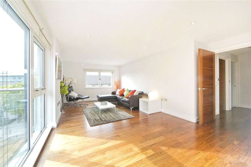 2 Bedrooms Flat for sale in Clerkenwell Road, Clerkenwell, EC1M