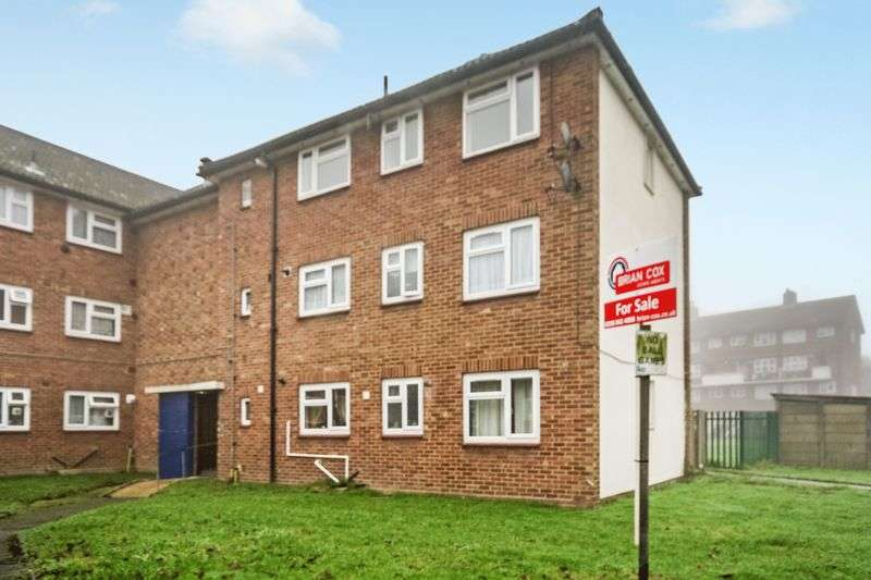 2 Bedrooms Flat for sale in Wincanton Crescent, Northolt