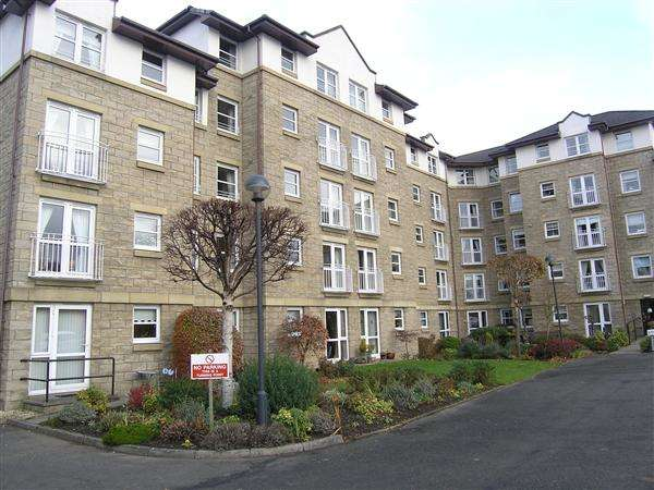 1 Bedroom Flat for sale in Stonelaw Court,, 1 Johnstone Drive, Glasgow