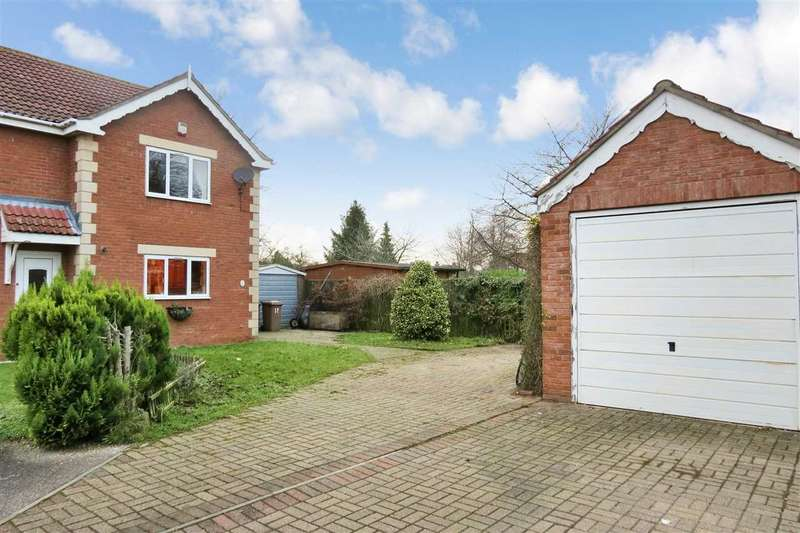 2 Bedrooms Semi Detached House for sale in Hurn Close, Ruskington