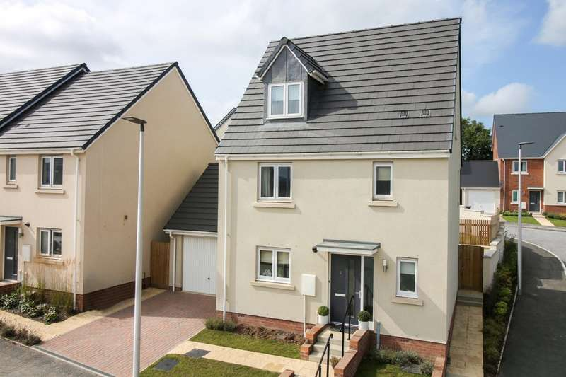 4 Bedrooms Detached House for sale in Saxon Way, Kingsteignton