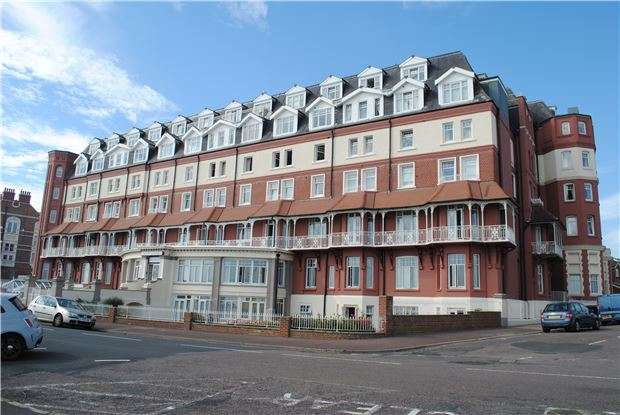 1 Bedroom Flat for sale in The Sackville, De La Warr Parade, BEXHILL-ON-SEA, East Sussex, TN40 1LS
