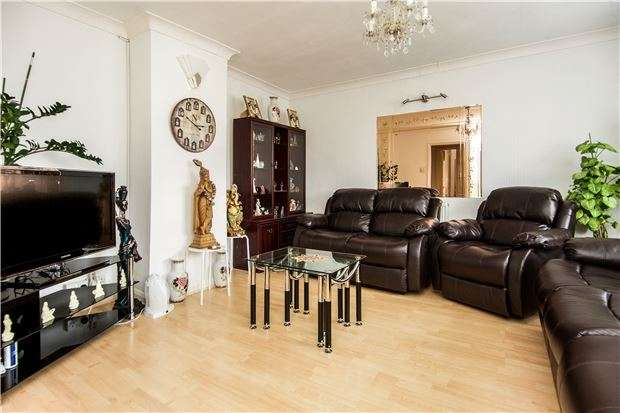 3 Bedrooms Maisonette Flat for sale in Kenton Road, KENTON, Middlesex, HA3 9DJ