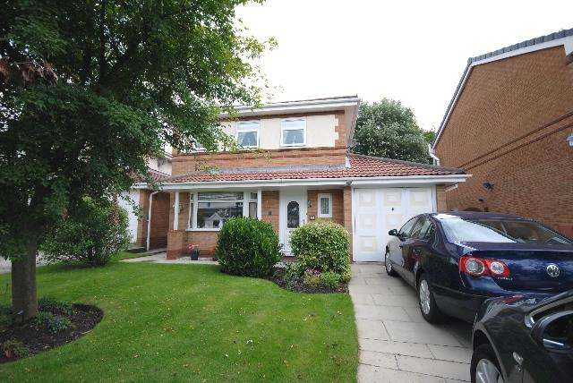 4 Bedrooms Detached House for sale in Melling Way, Winstanley