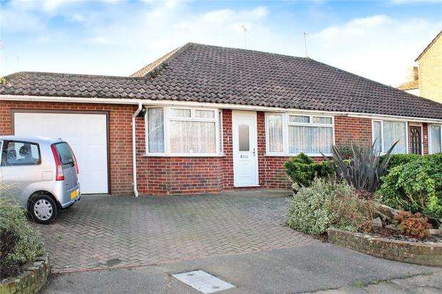 2 Bedrooms Semi Detached Bungalow for sale in Mill Lane, Littlehampton, BN17