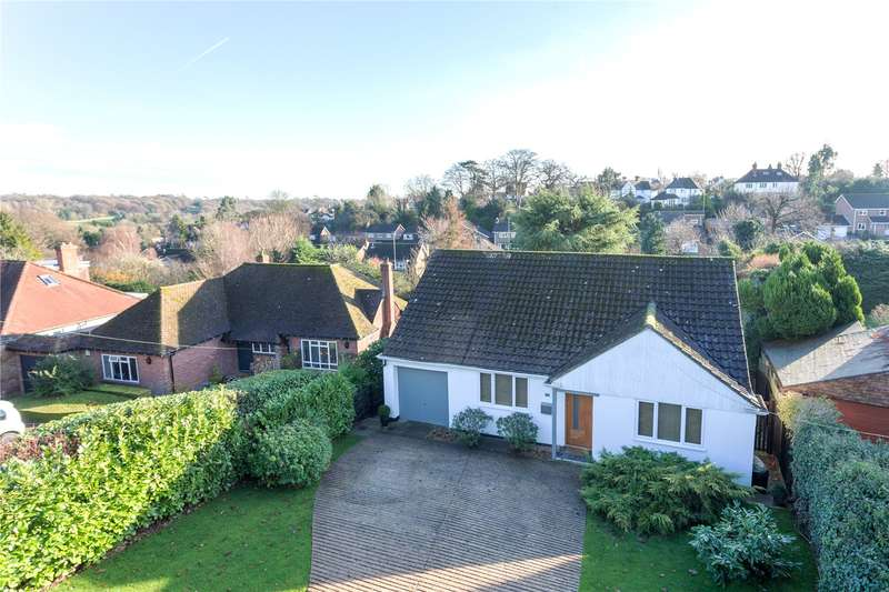 2 Bedrooms Detached Bungalow for sale in School Lane, Chalfont St. Peter, Gerrards Cross, Buckinghamshire, SL9