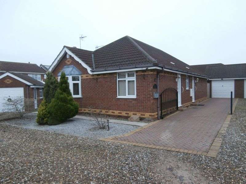 2 Bedrooms Detached Bungalow for sale in Meadow Drive, Burstwick, East Yorkshire