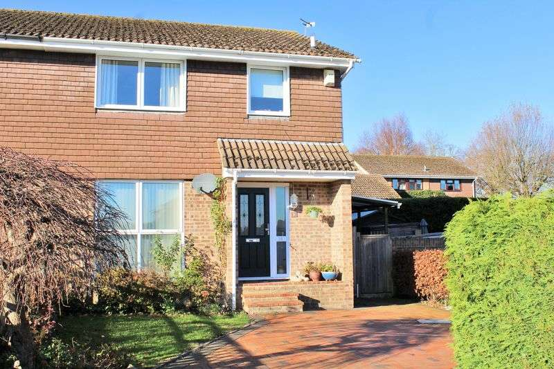 3 Bedrooms Semi Detached House for sale in West Wellow