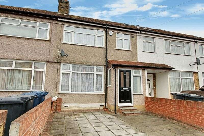 3 Bedrooms Terraced House for sale in Kingsbridge Crescent, Southall