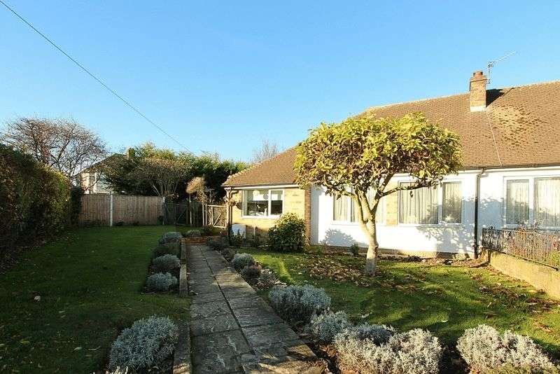 2 Bedrooms Semi Detached Bungalow for sale in Southall Borders