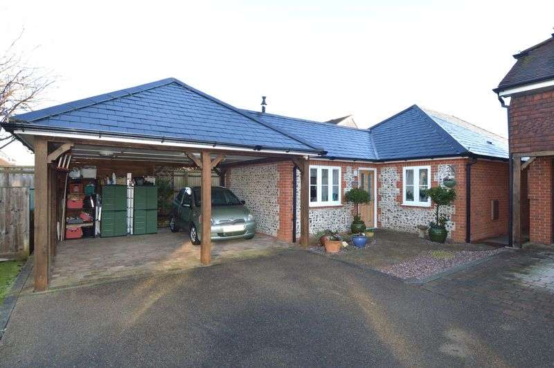 3 Bedrooms Detached Bungalow for sale in Amberley Court, Stubbington, Fareham.