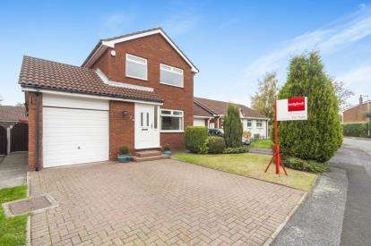 3 Bedrooms Detached House for sale in Keyes Close, Birchwood, Warrington, Cheshire