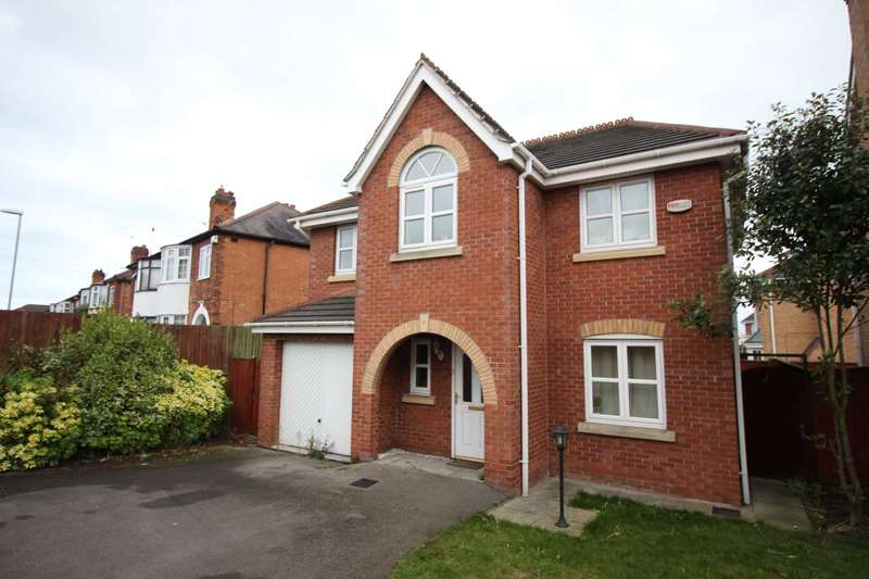 4 Bedrooms Detached House for sale in Cairns Close, Braunstone Town