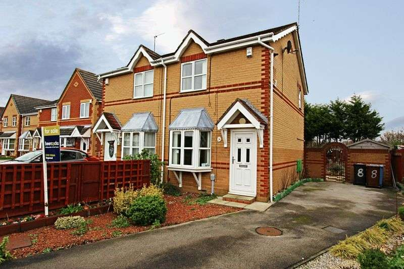 2 Bedrooms Semi Detached House for sale in Brookfield Close, Kingswood