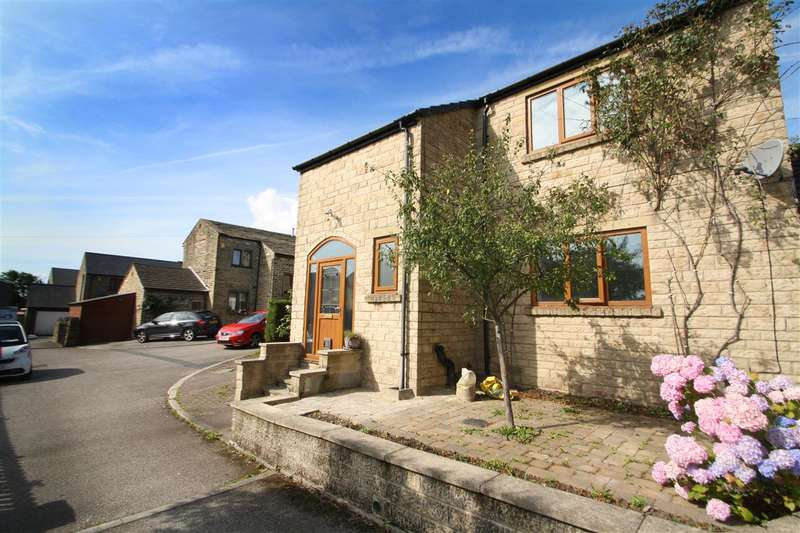 3 Bedrooms Detached House for sale in Royd Lane, Off Keighley Road, Halifax