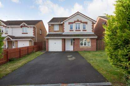 4 Bedrooms Detached House for sale in Kittyshaw Place, Dalry