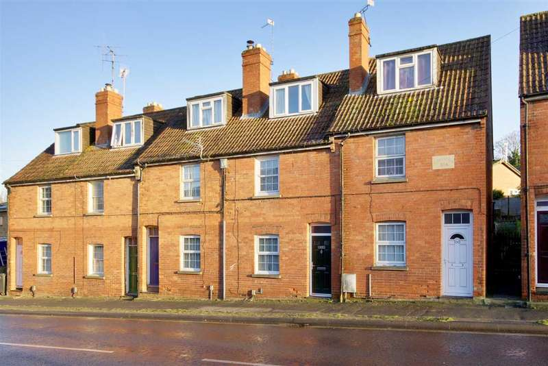 3 Bedrooms Terraced House for sale in New Street, Andover