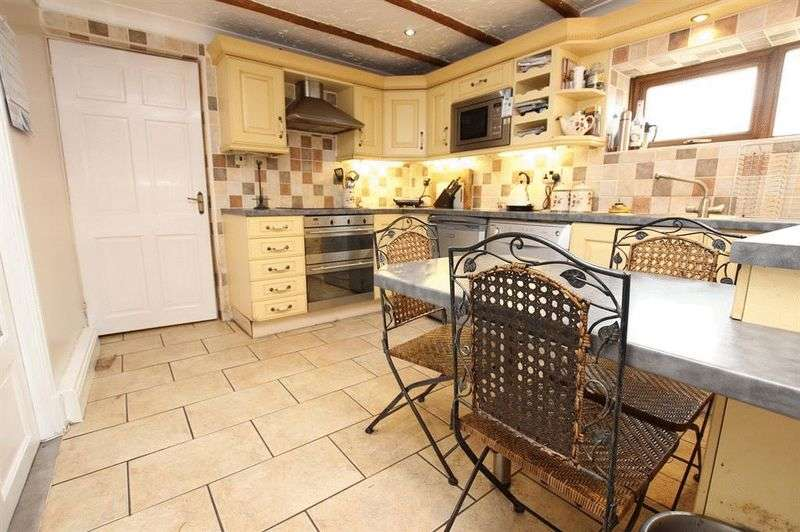 """3 Bedrooms Detached House for sale in """"Meadow Head Cottage"""" Pickup Bank, BB3 3QD"""